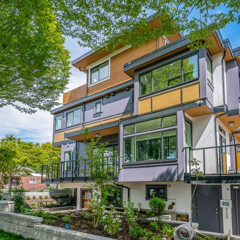 Nanaimo West Vancouver East New Presale Townhomes For Sale