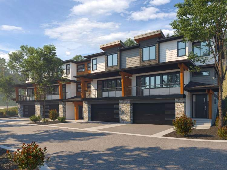 Nature's Gate West Kelowna Townhouse development